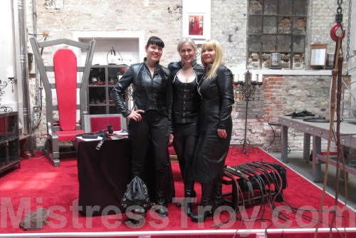 MISTRESS TROY, Avalon Berlin